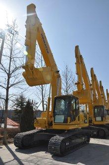 小松PC220-8挖掘機