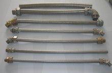 带接头的不锈钢软管