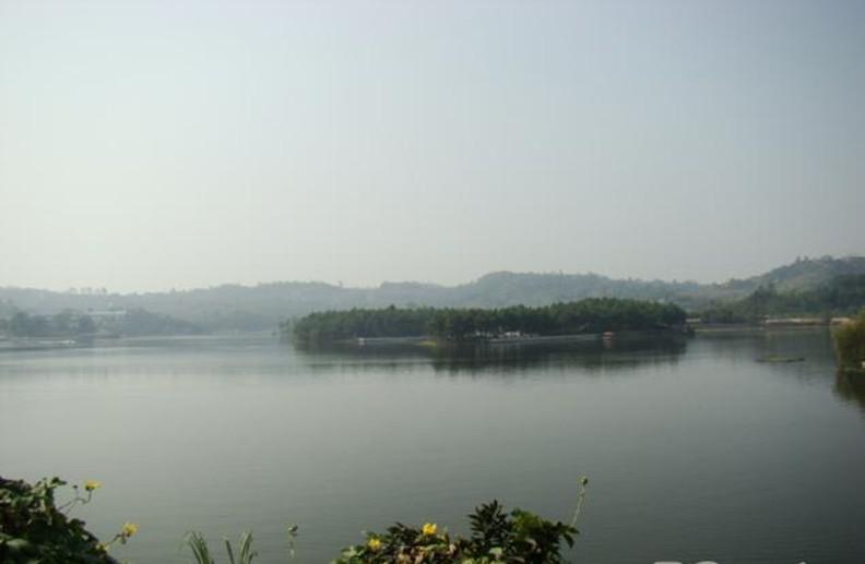 瀘州玉龍湖風景區_特色景點