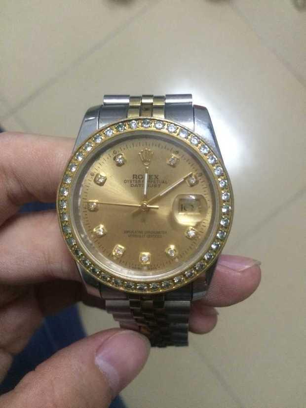 我有一塊勞力士 cl5 72200 手表 是真是假 好搜高清圖片